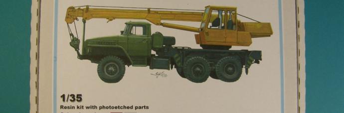 BM3538   КС-2573 конверсионный набор автокран для модели авт. Урал         KS-2573 autocrane conv. for Omega Ural kit (thumb9103)