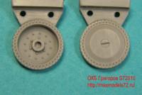 OKBS72010 Опорные катки Т-34 штампованные 12-болтовые ранние        Wheels for T-34,12 bolts, initial production (attach1 7519)