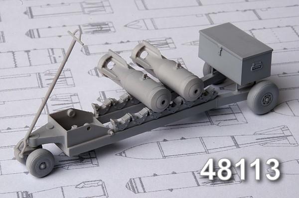 АМС 48113   Тележка для транспортировки 50-100 кг авиабомб (в комплекте тележка и две бомбы САБ-100 МН) (thumb10360)