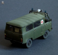 BM7210   УАЗ-452 медицинский      Uaz-452 ambulance (attach3 8814)