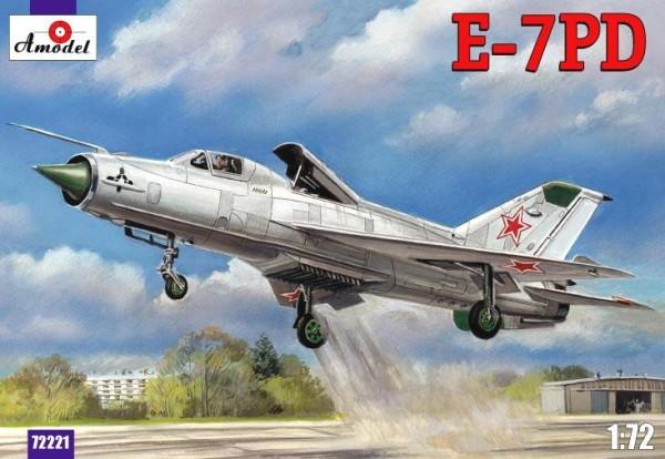 AMO72221   E-7PD Soviet aircraft (thumb15401)