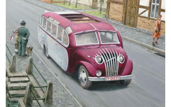 "RN725   Opel Blitzbus ""Strasenzepp Essen"" (thumb20480)"