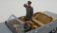 ZebZF43012   Генерал с водителем (attach1 16242)