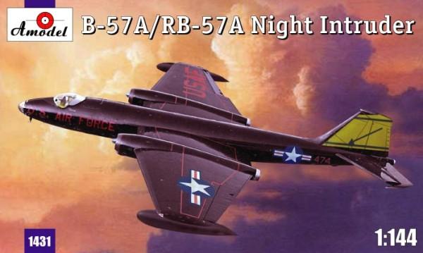 AMO1431   B-57A / RB-57A Night intruder (thumb14878)