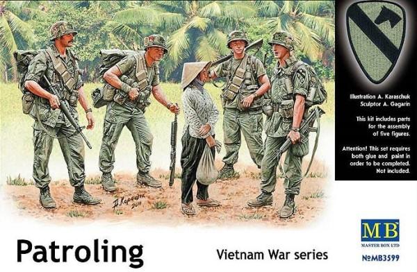 MB3599   Patroling, Vietnam (thumb18108)