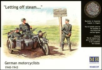 MB3539   WWII German motorcyclists, 1940-1943 (thumb18010)