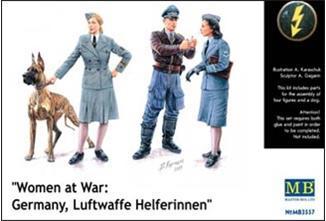 MB3557   Women at War: Germany, Luftwaffe Helferinnen (thumb18042)