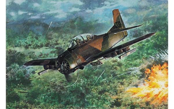 RN450   North American T-28D Trojan (thumb19878)