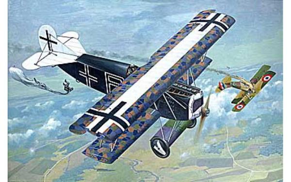 RN418   Fokker D.VII ( OAW) WWI German fighter (thumb19742)