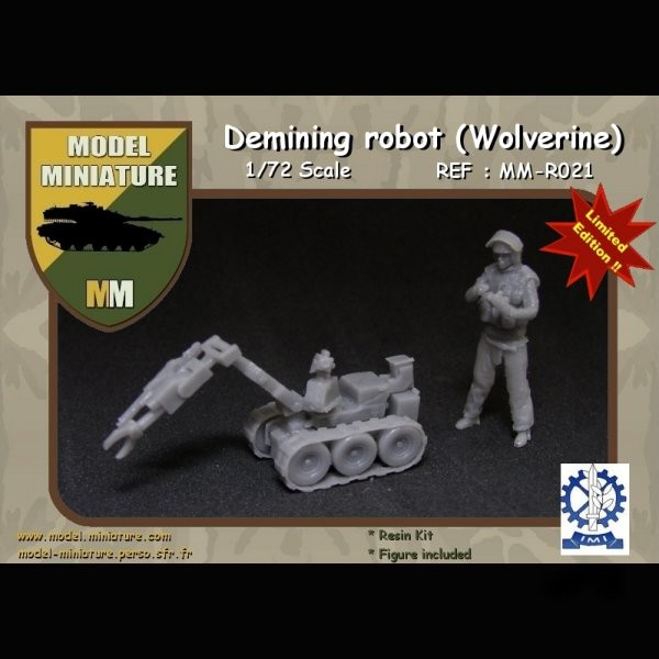 MM-R021   Demining robot (Wolverine) (thumb22127)