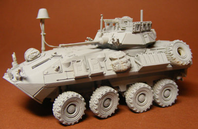 MTrans72160   LAV-A2 with EMC antenna (thumb22464)