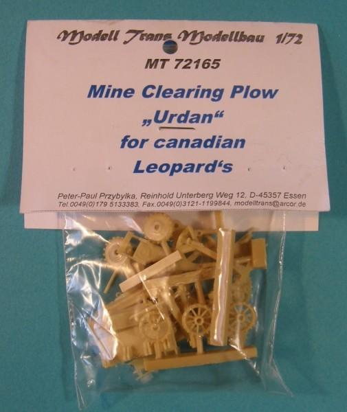 MTrans72165   Mine roller (Urdan) for canadian Leopard's 1 (thumb22466)