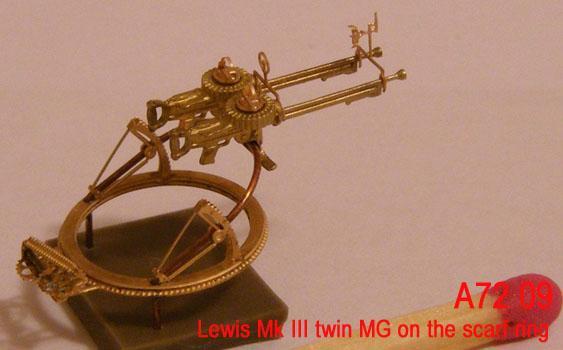 MiniWA7209    Lewis Mk III twin MG on the scarf ring (thumb22951)