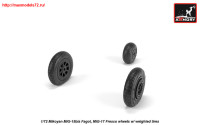 AR AW72054   1/72 Mikoyan MiG-15bis Fagot (late) / MiG-17 Fresco wheels w/ weighted tires (attach3 25571)