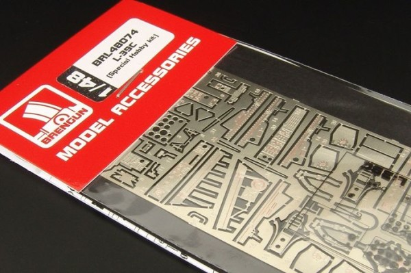 BRL48074   L-39C (Special Hobby kit) (thumb30559)