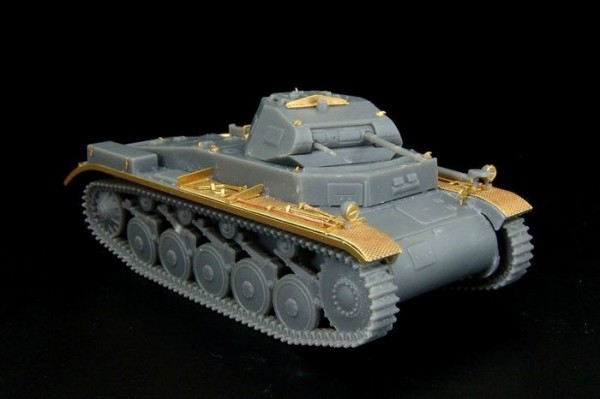 HLH72055   Pz.kpfw.II Ausf.B (S-Model kit) (thumb29438)