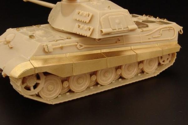 "HLH72056   Tiger II Ausf. B ""K?nigstiger"" fenders (Revel kit) (thumb29442)"