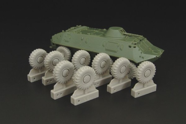 HLH72061   BTR-60 Wheels (ACE,ICM, S-model) (thumb29462)