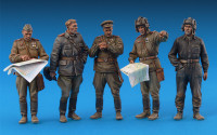 MA35027   Soviet Officers at field briefing (attach2 27227)