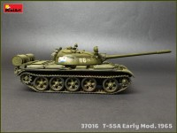 MA37016   T-55A tank, early prod. model 1965  Interior kit (attach4 27096)