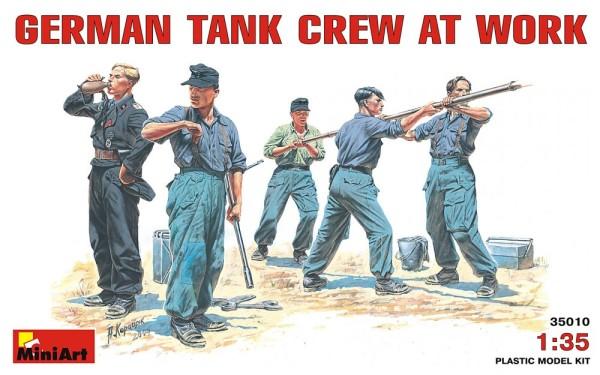 MA35010   German tank crew at work (thumb26007)