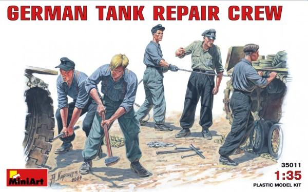 MA35011   German tank repair crew (thumb26009)