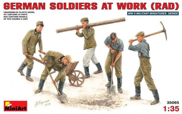 MA35065   German soldiers at work (RAD) (thumb26131)