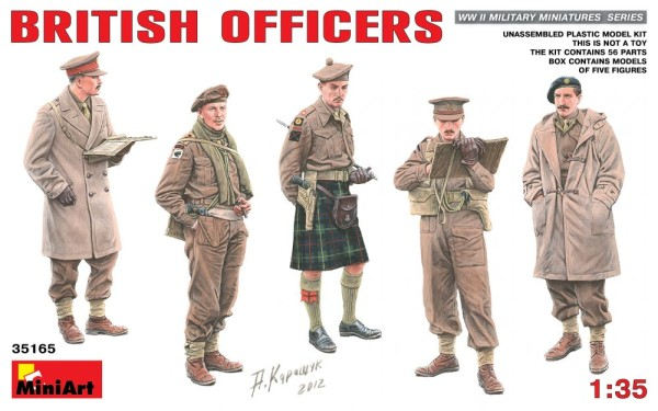 MA35165   British officers (thumb26574)