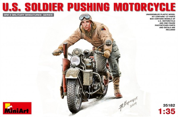MA35182   U.S. Soldier Pushing Motorcycle (thumb26669)