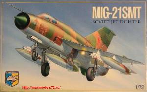 KO7214   MiG-21 SMT Soviet multipurpose fighter (thumb25681)