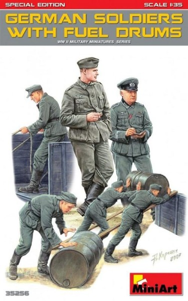MA35256   German soldiers w/ fuel drums. Special edition (thumb26929)