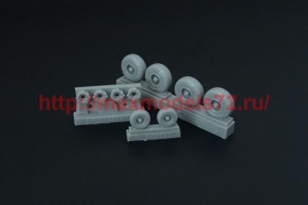 BRL144140   C-130 Hercules wheels (thumb35588)