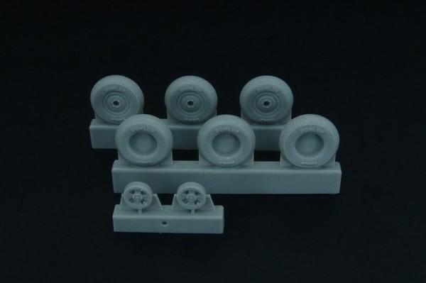 BRL48097   Spitfire 4 spoke wheels set (3 types of tires) (thumb32164)