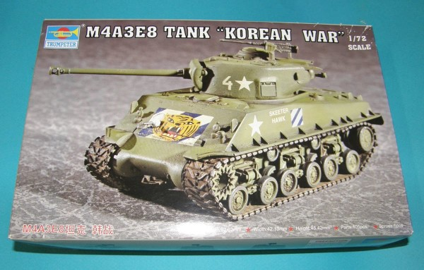 Trumpeter07229   M4A3E8 Tank Korean War (thumb30936)