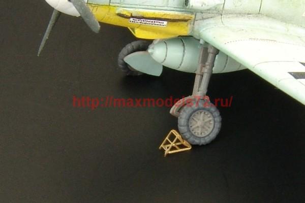 BRL144033   Luftwaffe wheel chocks (10pcs) (thumb35178)