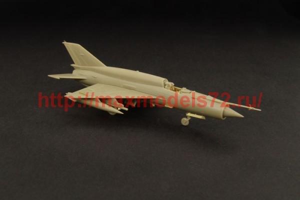 BRL144042   Mig-21 SMT (Eduard) (thumb35214)