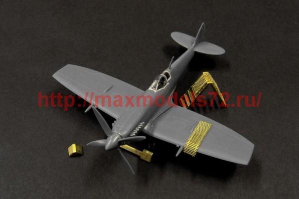 BRL144058   SPITFIRE IX maintenance access.s (Eduard) (thumb35269)