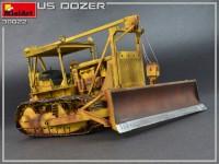 MA38022   U.S. Bulldozer (attach5 39829)