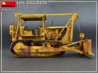 MA38022   U.S. Bulldozer (attach4 39829)