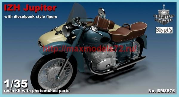 BM3576   IZH Jupiter motorcycle w. female DieselPunk style fig. (thumb39266)