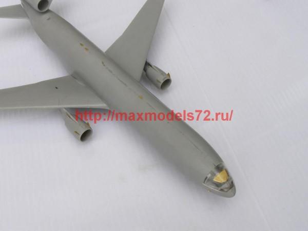 MD14415   Douglas MD-11 (MikroMir) (thumb46339)