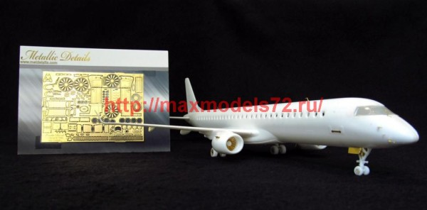 MD14417   Embraer 195 (Revell) (thumb46361)