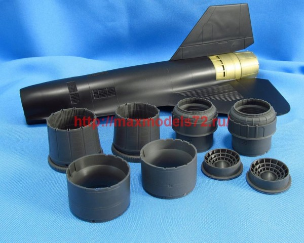 MDR4859   SR-71 Blackbird. Jet nozzles (Testors/Italeri) (thumb48036)