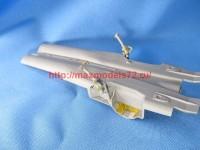 MD7212   MiG-25. Wheel bays (attach5 45890)