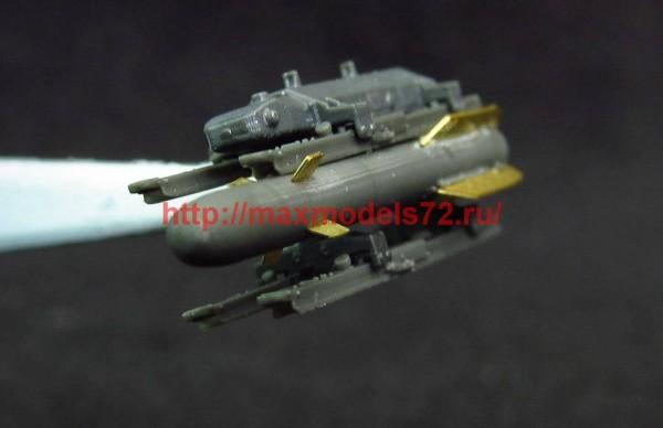 MDR7224   AGM-114 Hellfire (thumb46070)
