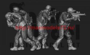 SMM-72002   Военкор и операторы ЧВК (2005-2007) в наборе 4 фигуры (thumb51176)